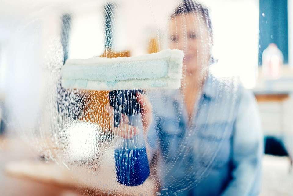 Il existe beaucoup d'alternatives écologiques pour nettoyer ses menuiseries